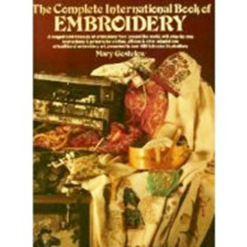 9780671228866: The Complete International Book of Embroidery