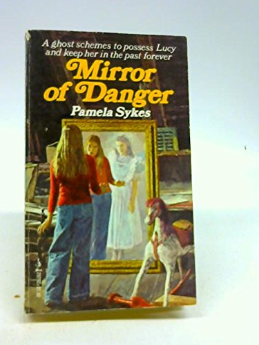 9780671297923: Mirror of Danger