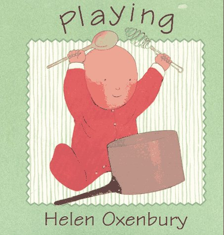 9780671421090: Playing (Oxenbury Board Books)