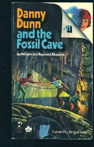 9780671432904: Danny Dunn and the Fossil Cave, No 11