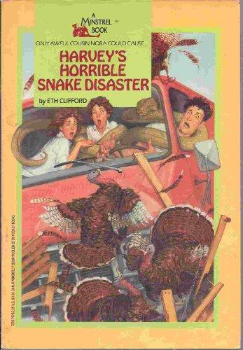 9780671558345: harvey's horrible snake disaster