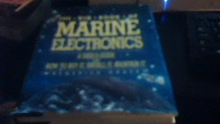 9780671612924: The Big Book of Marine Electronics: A User's Guide Plus How to Buy It, Install It, Maintain It