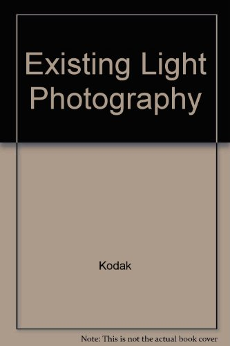 9780671618049: Existing Light Photography