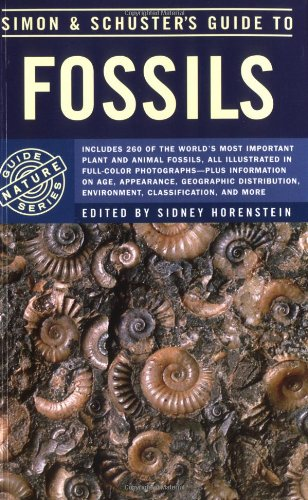 9780671631321: Simon & Schuster'S Guide To Fossils (Nature Guide Series)