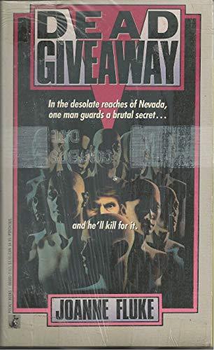 Dead Giveaway (SIGNED Plus SIGNED NOTE): Fluke, Joanne