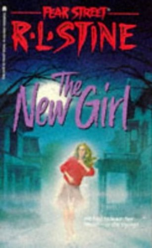 9780671707378: Title: The New Girl Fear Street No 1