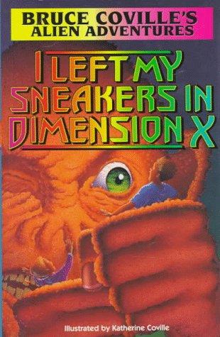 9780671890728: I Left My Sneakers in Demension X (Alien Adventures)