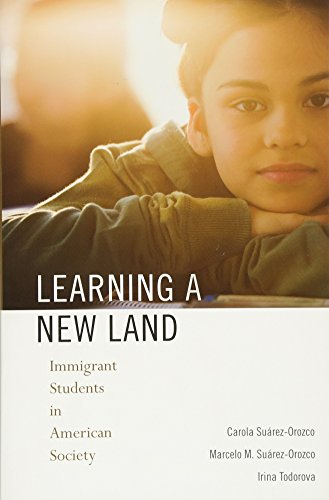 9780674045804: Learning a New Land: Immigrant Students in American Society