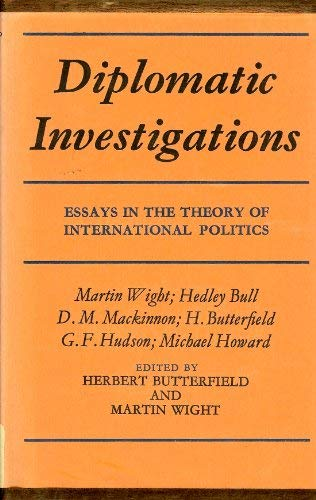 9780674210011: Diplomatic Investigations: Essays in the Theory of International Politics