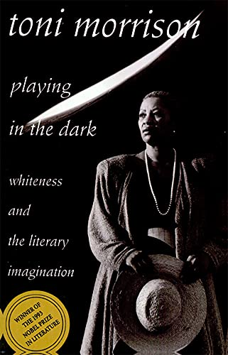 9780674673779: Playing in the Dark: Whiteness and the Literary Imagination
