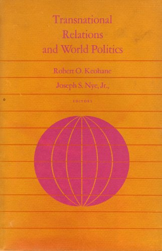 9780674904828: Transnational Relations and World Politics (Center for International Affairs)