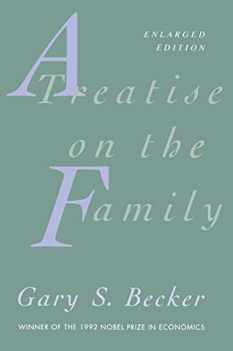9780674906990: A Treatise on the Family: Enlarged Edition