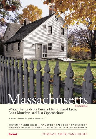 9780676904932: Compass American Guides: Massachusetts, 1st Edition (Full-color Travel Guide)