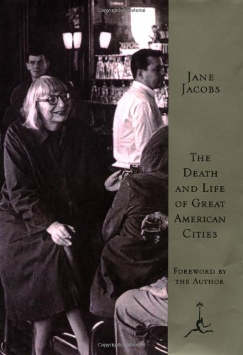 9780679600473: Death and Life of Great American Cities (Modern Library)