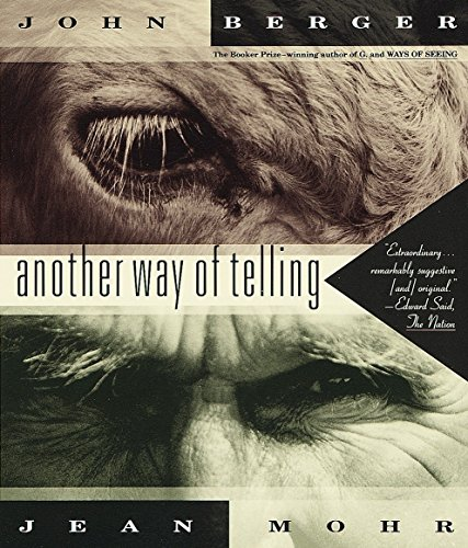 9780679737247: Another Way of Telling (Vintage International)