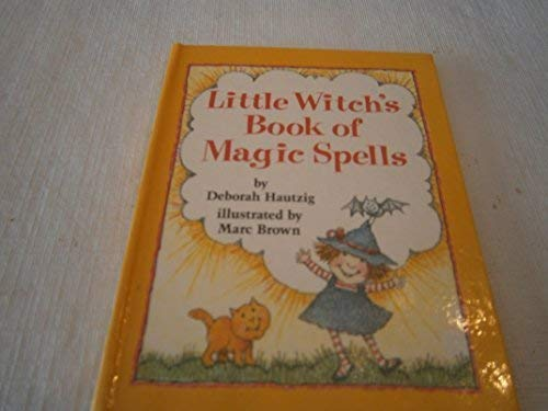 9780679847694: Little Witch's Book of Magic Spells