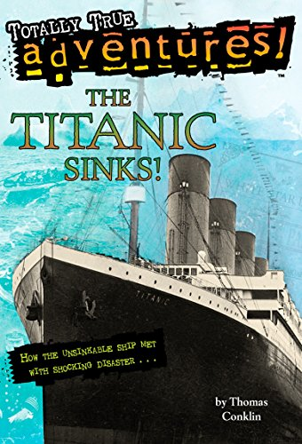 9780679886068: The Titanic Sinks! (Stepping Stone Book)
