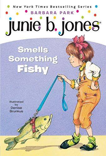 9780679891307: Junie B. Jones Smells Something Fishy (Stepping Stone Books)