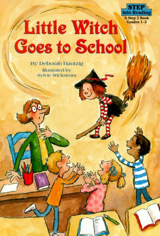 9780679987383: Little Witch Goes to School (Step into Reading)