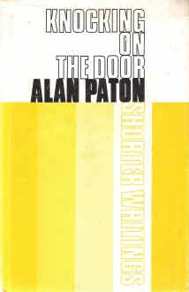 9780684144290: Knocking on the door: Shorter writings