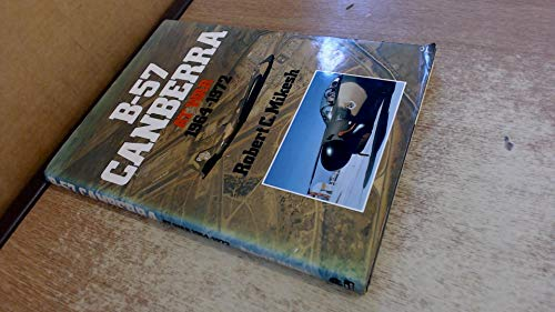 9780684167268: B-57 Canberra at war, 1964-1972