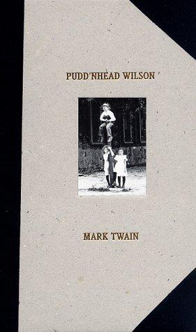 9780684819082: Pudd'nhead Wilson: 1894