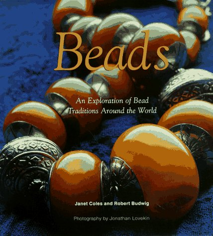 9780684834627: Beads: An Exploration on Bead Traditions Around the World