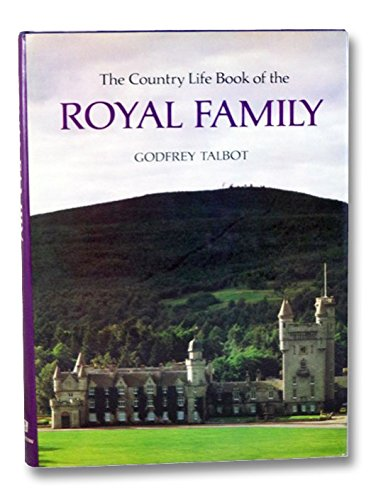 9780688005641: The Country life book of the Royal Family