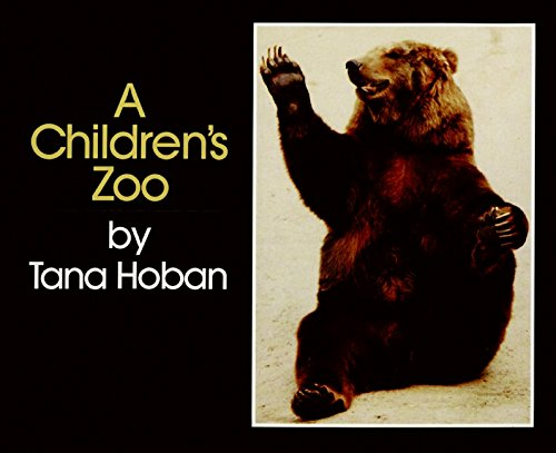 9780688052027: A Children's Zoo