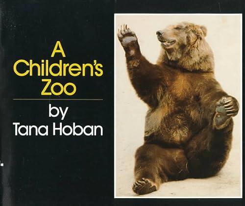 9780688052041: A Children's Zoo