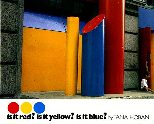 9780688070342: Is It Red? Is It Yellow? Is It Blue?: An Adventure in Color