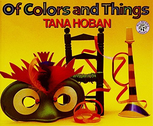 9780688075347: Of Colors and Things