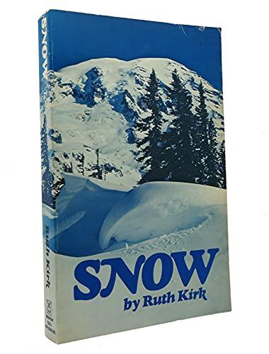9780688082680: Snow