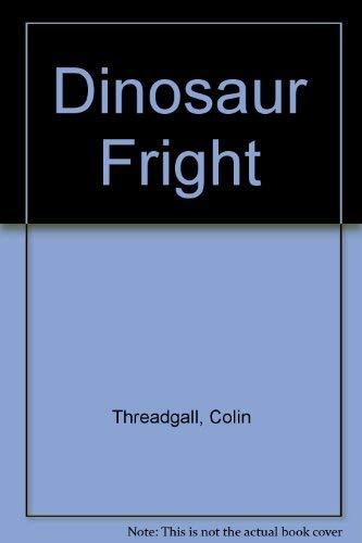 9780688117337: Dinosaur Fright