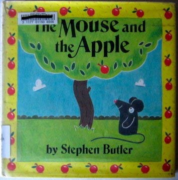 9780688128104: The Mouse and the Apple