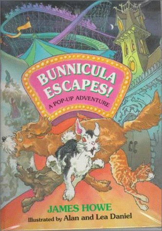 Bunnicula Escapes!: A Pop-Up Adventure: Howe, James