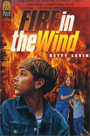 9780688154950: Fire in the Wind