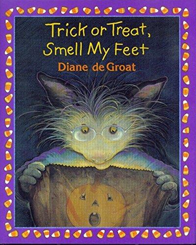9780688157661: Trick or Treat, Smell My Feet (Gilbert the Opossum)