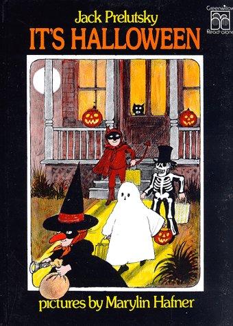 9780688801021: It's Halloween (Greenwillow Read-Alone)