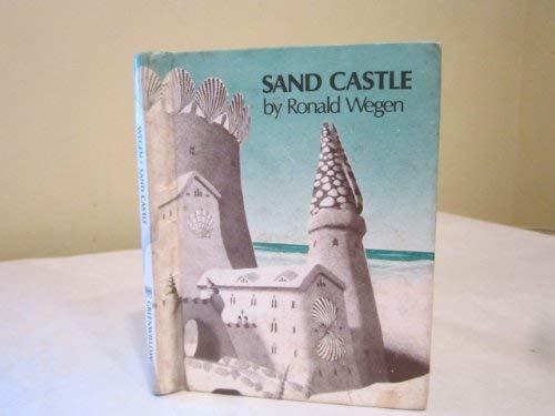 Sand castle: Ronald Wegen
