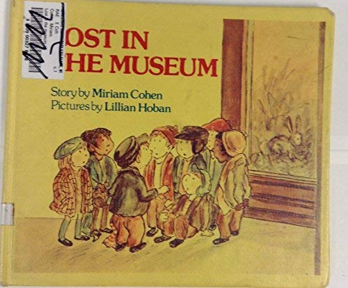 9780688841874: Lost in the Museum