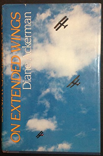 9780689115400: On Extended Wings : An Adventure in Flight