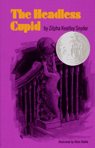 9780689206870: The Headless Cupid