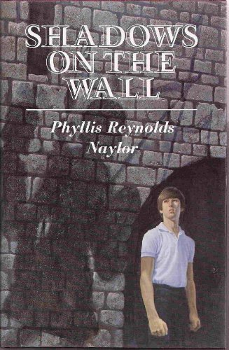 9780689307850: Shadows on the Wall (York Trilogy)
