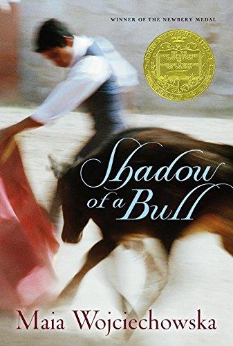 Shadow of a Bull: Wojciechowska, Maia &