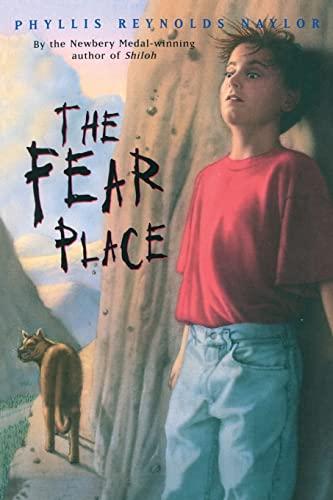 9780689804427: The Fear Place (Aladdin Books)