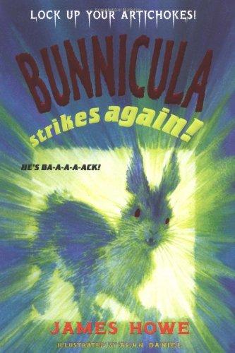 9780689814624: Bunnicula Strikes Again!