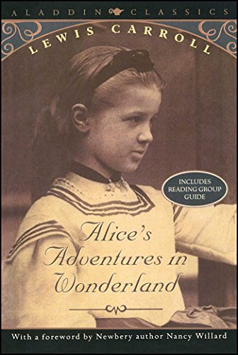 9780689833755: Alice's Adventures in Wonderland (Aladdin Classics)
