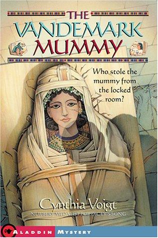 9780689840326: The Vandemark Mummy