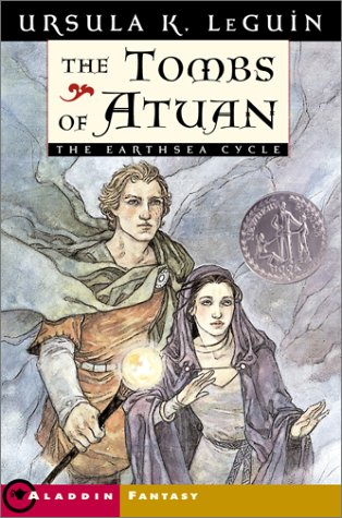 9780689845352: The Tombs of Atuan (The Earthsea Cycle, Book 2)